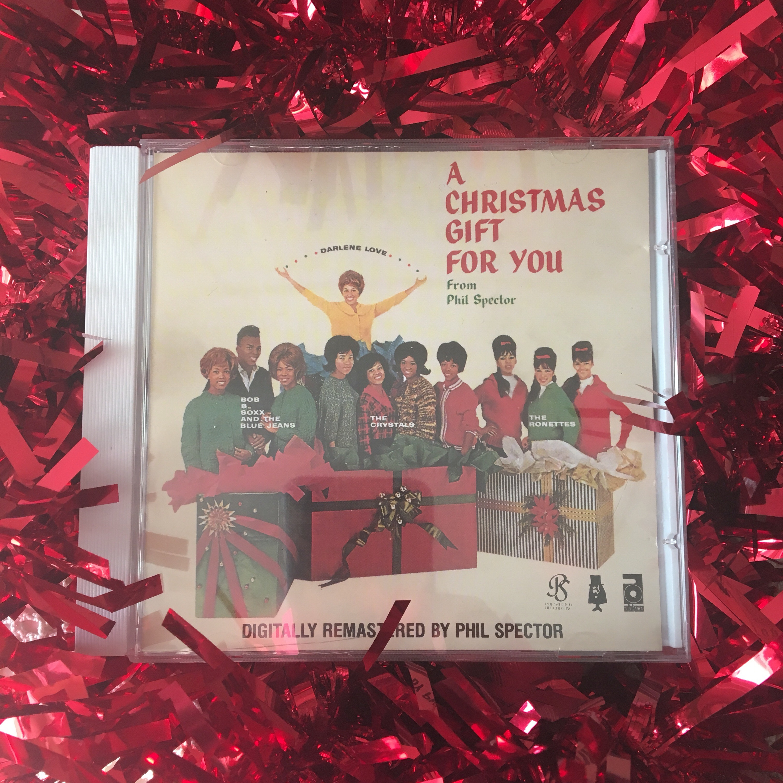 Stereo phil spector a christmas gift to you